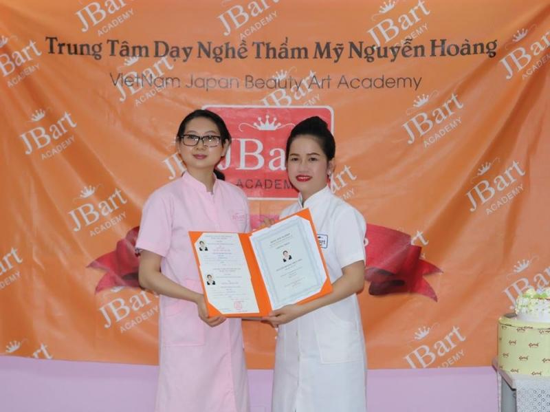 Trung tâm dạy nghề thẩm mỹ Nguyễn Hoàng (JBart Academy)