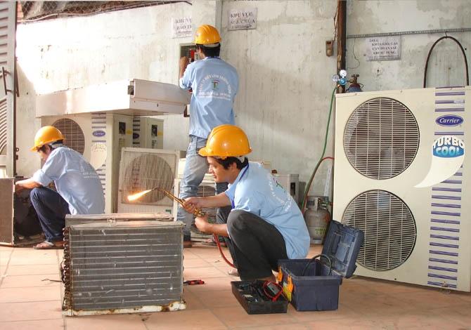 Dịch vụ sửa điều hòa của Trung tâm Quang Dũng