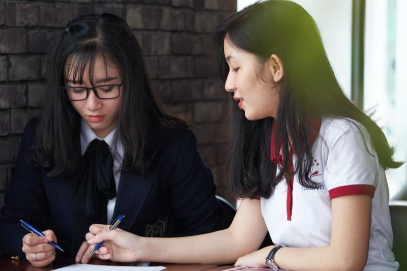 Học tiếng Trung cùng gia sư tại Alpha (Ảnh minh họa)