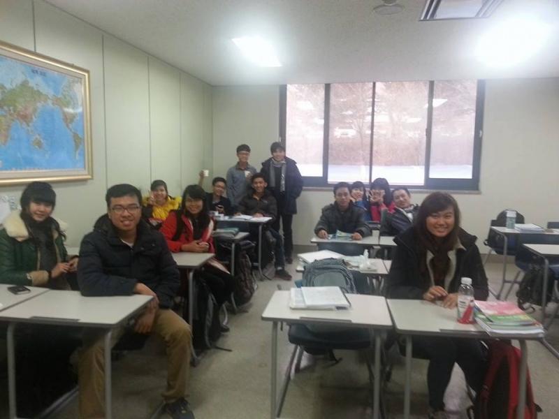 Lớp học tại trung tâm Hàn Ngữ HIAST