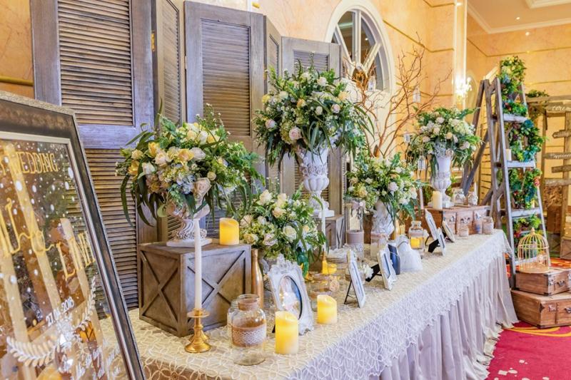 Trung tâm hội nghị – tiệc cưới Crystal Palace