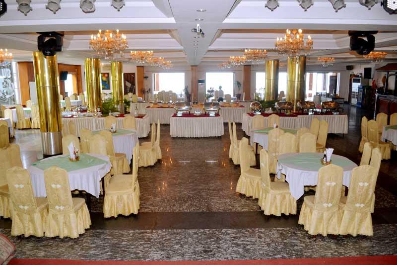 Không gian tiệc cưới Hoàng Yến