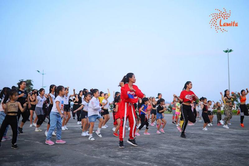 Trung Tâm LaZum3 Fitness