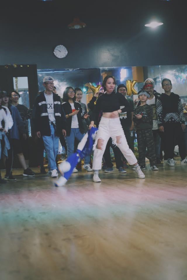 Trung Tâm New York Style Crew không quá ồn ào trong giới trẻ nhưng có lẽ ai đã đam mê Hip Hop đều sẽ biết đến