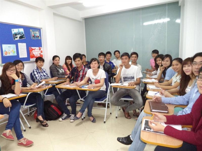 Lớp học tại trung tâm Ngoại ngữ