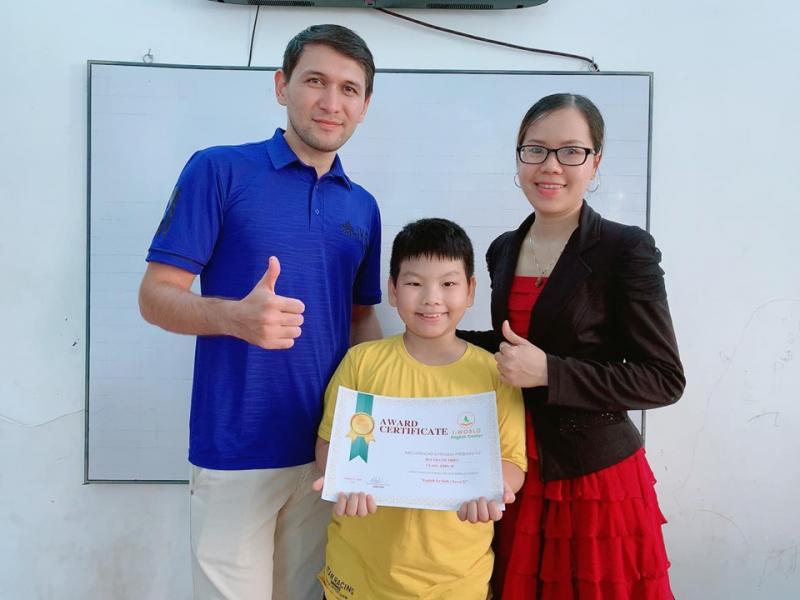 Trung tâm ngoại ngữ I-World là một trong những địa chỉ luyện thi IELTS dành cho học sinh cấp 2, cấp 3,sinh viên, người muốn đi du học với chất lượng nhất tại Quảng Ngãi