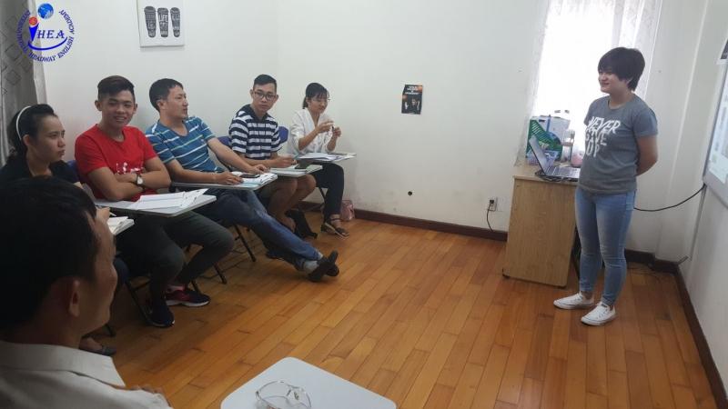 Trung Tâm Ngoại Ngữ Phát Triển Headway Academy (IHEA)