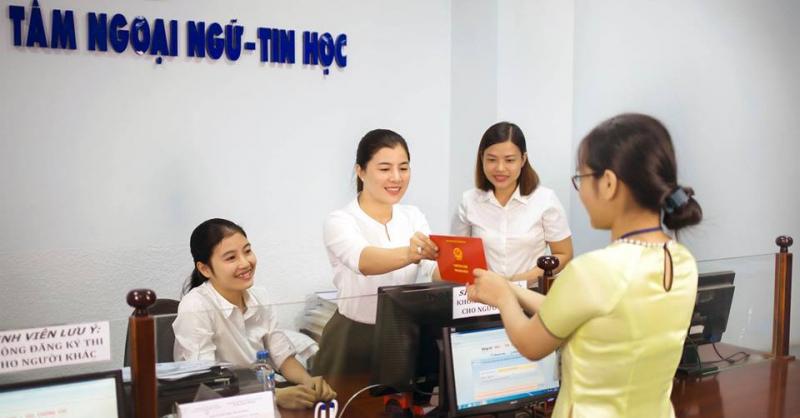 Trung tâm Ngoại Ngữ - Tin Học Lạc Hồng