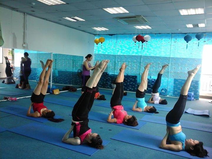 yoga-quan-cau-giay