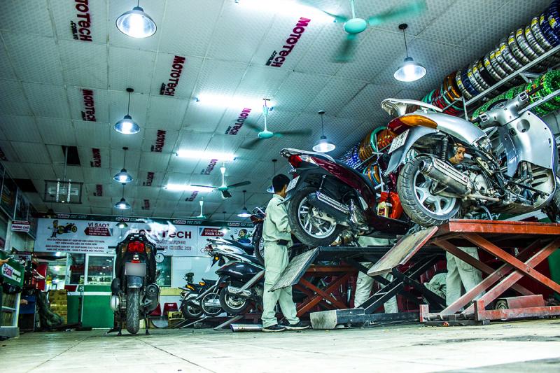 Mototech luôn là hệ thống được trang bị nhiều thiết bị máy móc kỹ thuật, đủ sức đáp ứng mọi dịch vụ sửa chữa bảo dưỡng xe máy