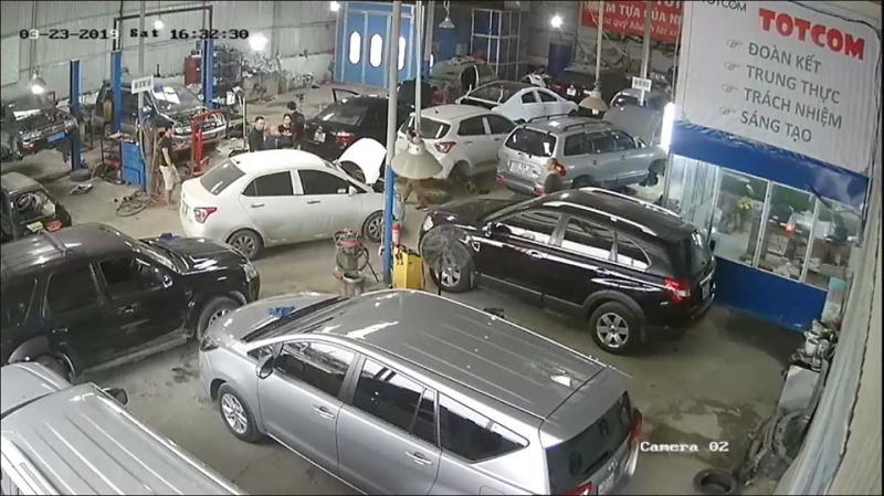 Garage ô tô TOTCOM