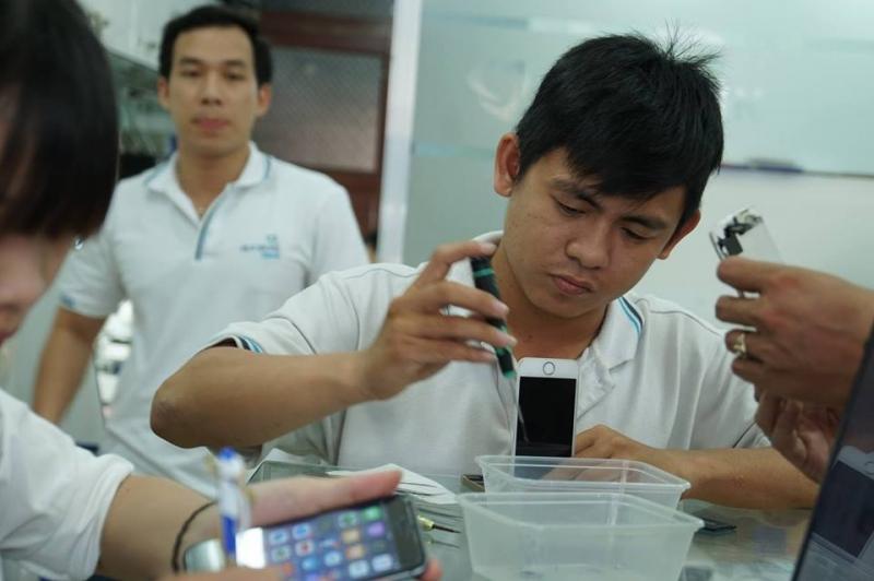 Trung tâm thay màn hình điện thoại Samsung s7, s7 edge - Huy Dũng Mobile