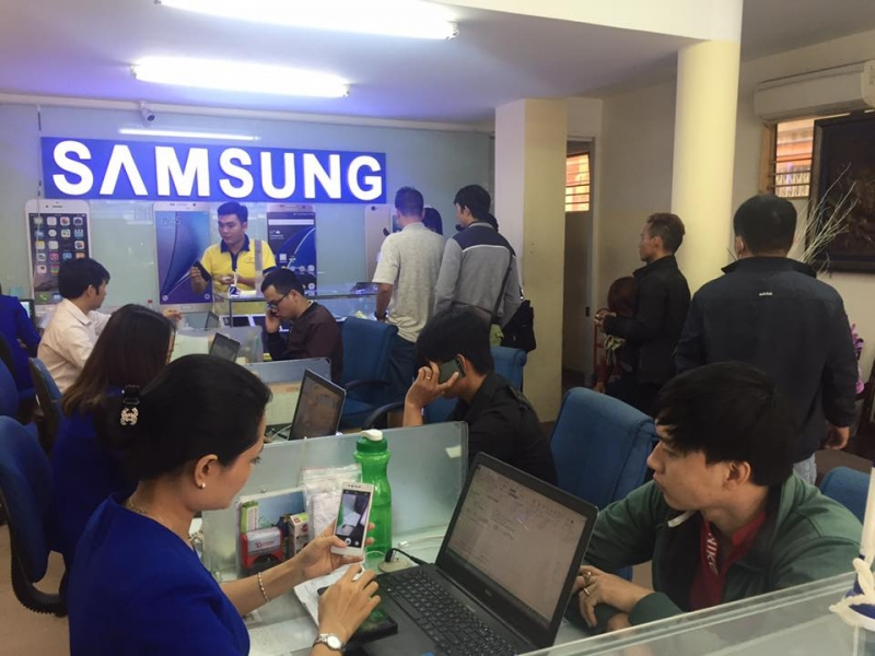 Trung tâm thay màn hình điện thoại Samsung s7, s7 edge - Thuận Phát Mobile