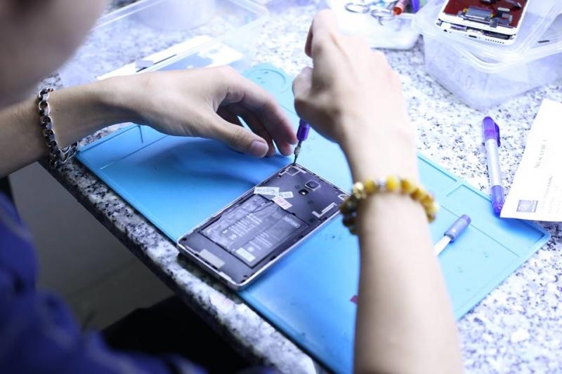 Trung tâm thay màn hình Iphone 6plus, 6s plus - Viettopcare