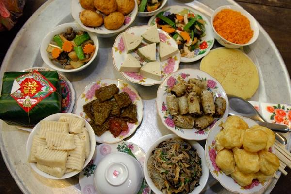 Trung tâm Thế Giới Phật Giáo còn mang đến những bữa tiệc