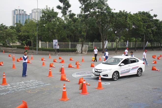 Trung tâm thi bằng lái xe Hà Nội