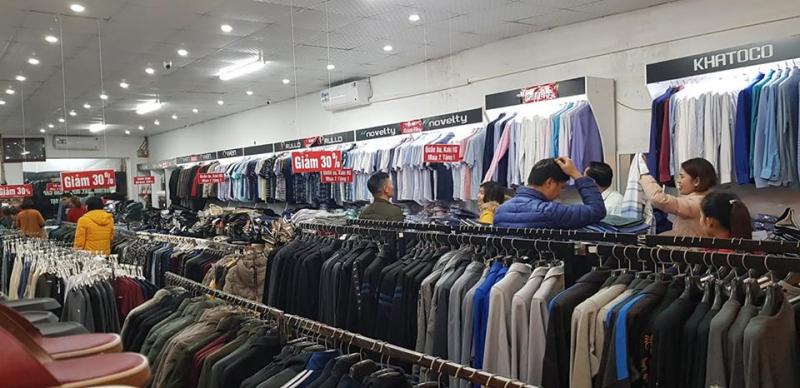 Trung tâm thời trang Nam Hoàng Gia