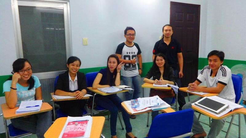 Lớp học tại trung tâm ngoại ngữ NewLight