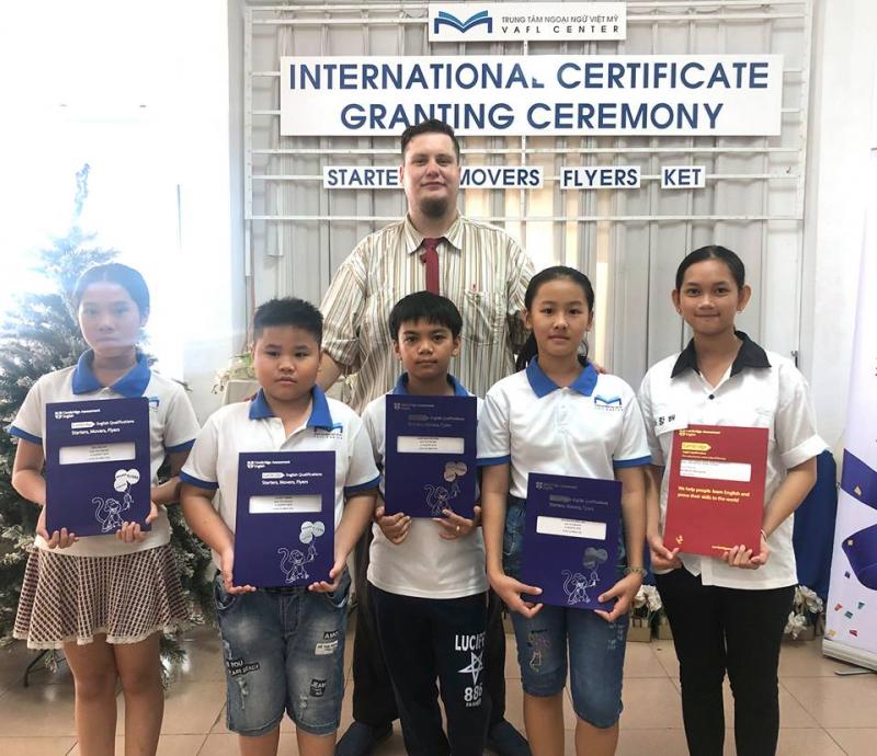 Trung tâm tiếng Anh Việt Mỹ