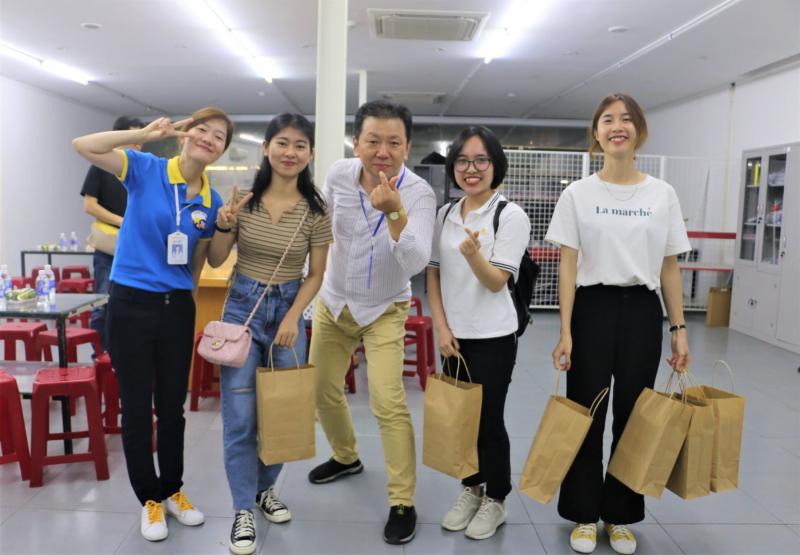 Trung Tâm Tiếng Hàn Vision - VKLC