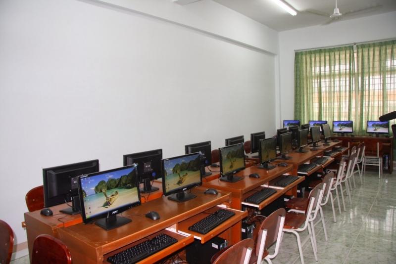 Trung tâm Tin Học Thành Thái luôn chú trọng đầu tư trang thiết bị và cơ sở hạ tầng