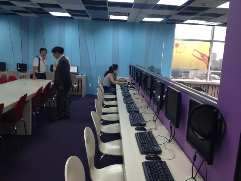 Phòng máy chuẩn bị cho dạy học viên.