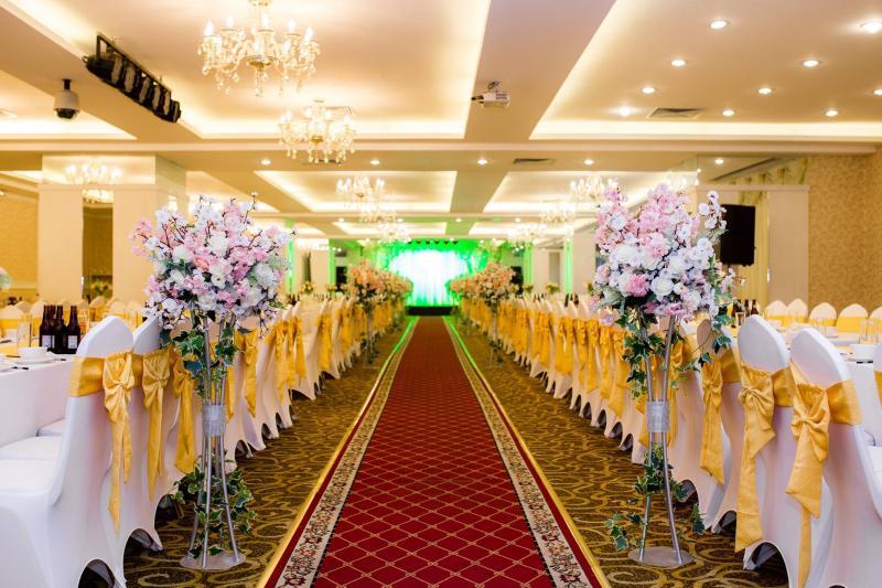 Trung tâm tổ chức Hội nghị sự kiện và Tiệc cưới Diamond Palace