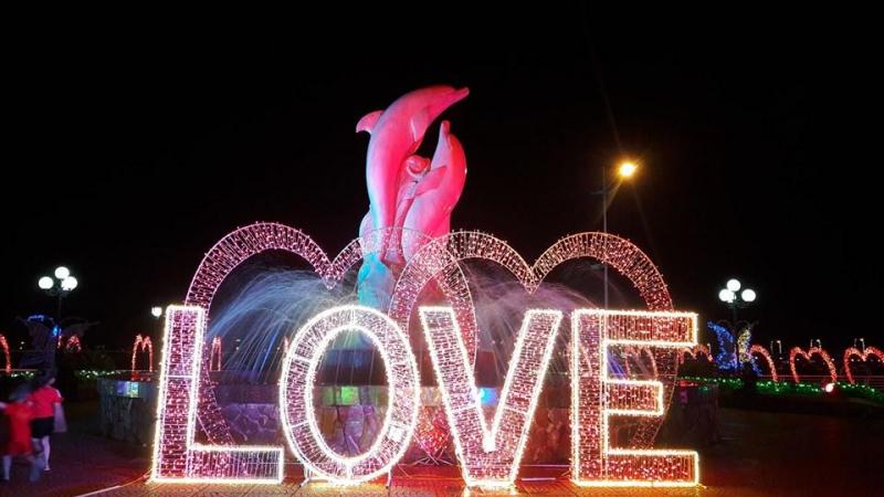 Lễ hội ánh sáng được tổ chức tại Trung tâm văn hóa Kinh Bắc