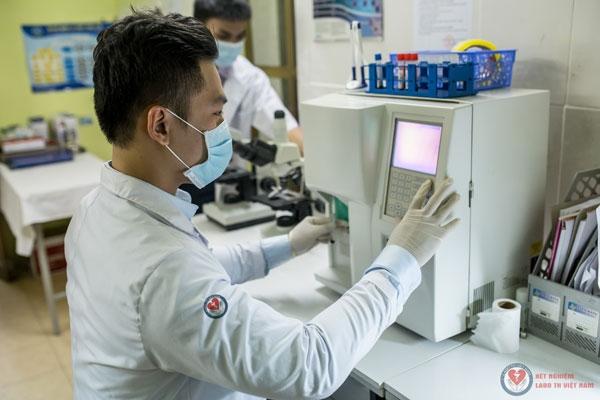 Trung tâm xét nghiệm LaboTH Việt Nam với cơ sở trang thiết bị hiện đại