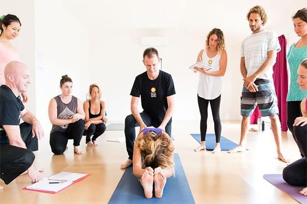 Trung tâm Yoga Ánh Bình Minh