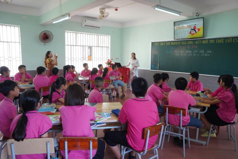 Trưng Vương School