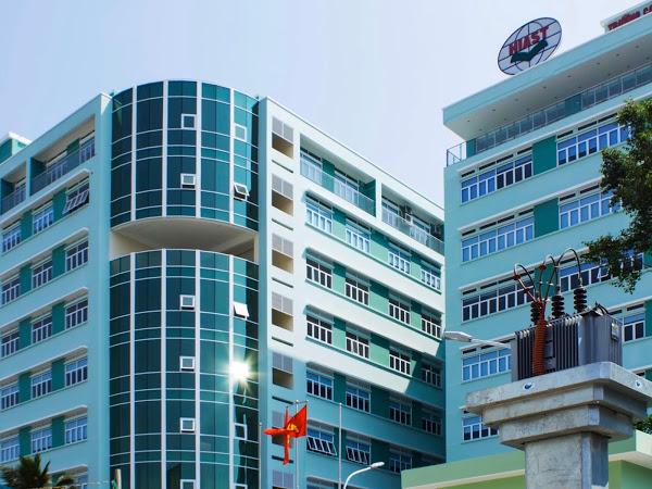 Trường cao đẳng kinh tế công nghiệp TPHCM