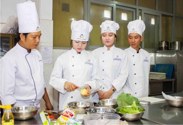 Top 10 trung tâm dạy nữ công gia chánh tốt nhất ở TPHCM
