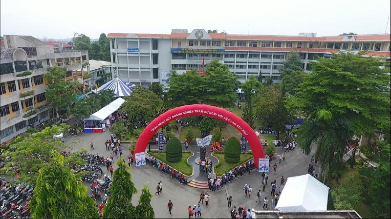 Trường Cao Đẳng Tài Chính - Hải Quan