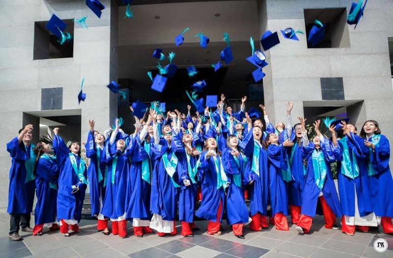 Sinh viên Đại học Luật TP.HCM ngày tốt nghiệp