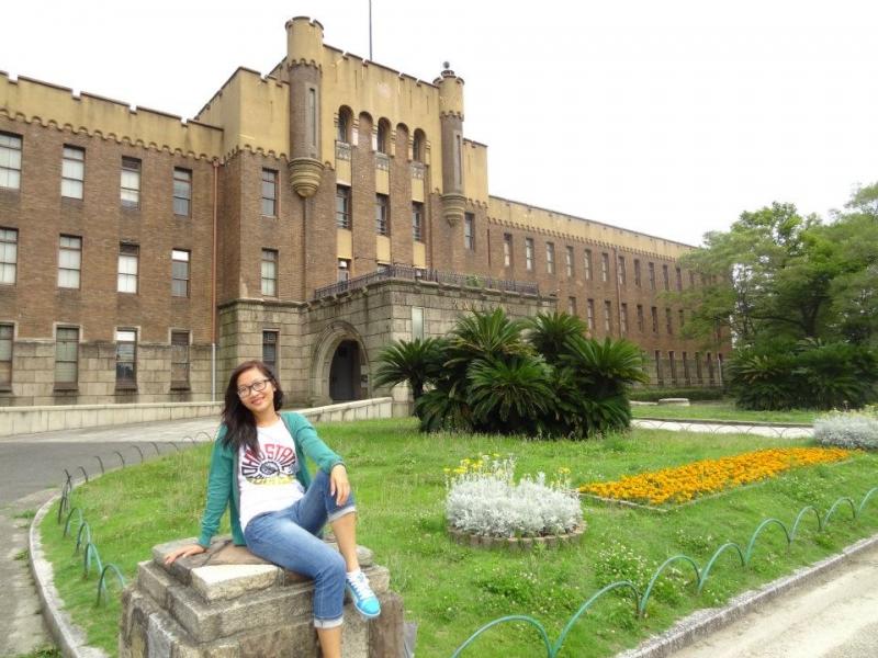 Du học sinh Việt Nam tại Đại học Osaka