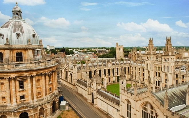 Khung cảnh trên cao Đại học Oxford