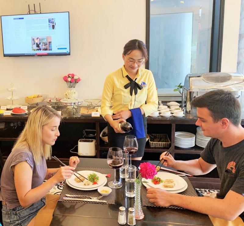 Trường đào tạo nghề Du lịch  Âu Việt Á