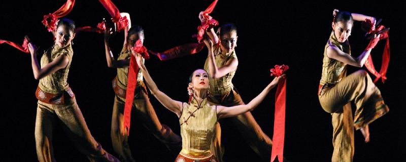 Top 10 Trường đào tạo nghệ thuật tốt nhất Việt Nam