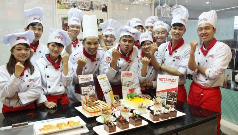 Đội ngũ giảng viên tại Netspace đều đã tốt nghiệp từ những trường đào tạo ẩm thực và pha chế có bằng cấp quốc tế.