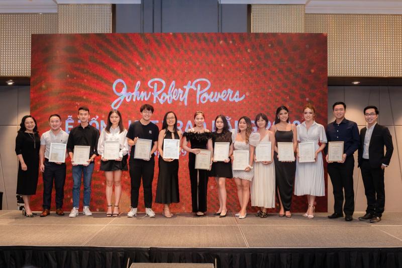 Trường John Robert Powers Việt Nam