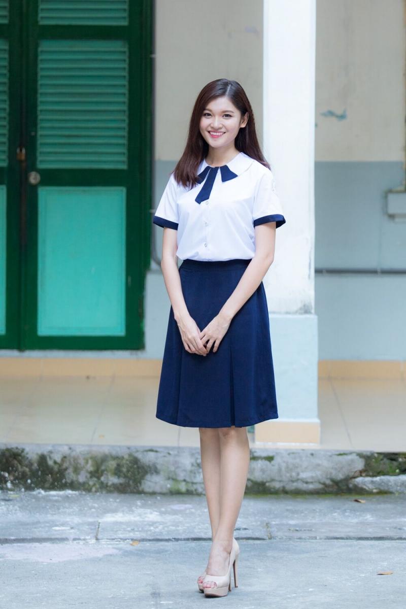 Đồng phục nữ sinh Trường Lê Quý Đôn