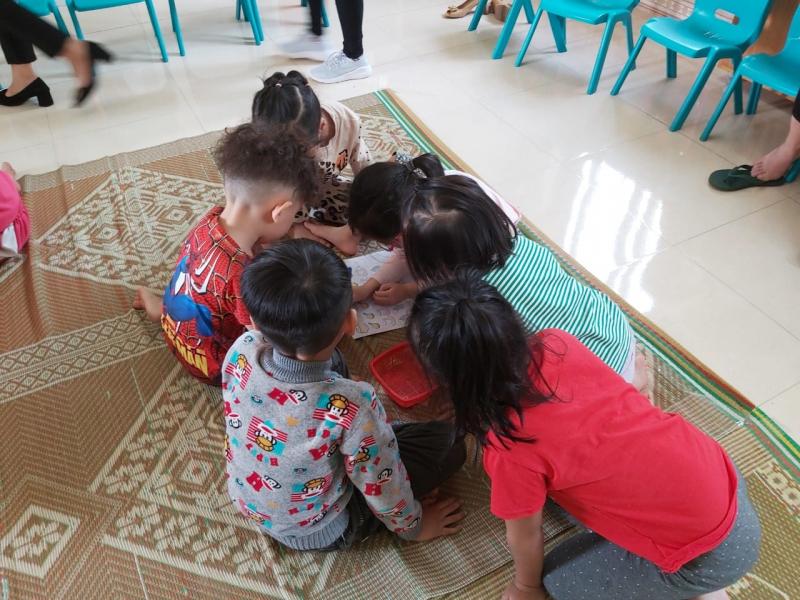Giờ học của các bé tại trường MN Hoa Hồng