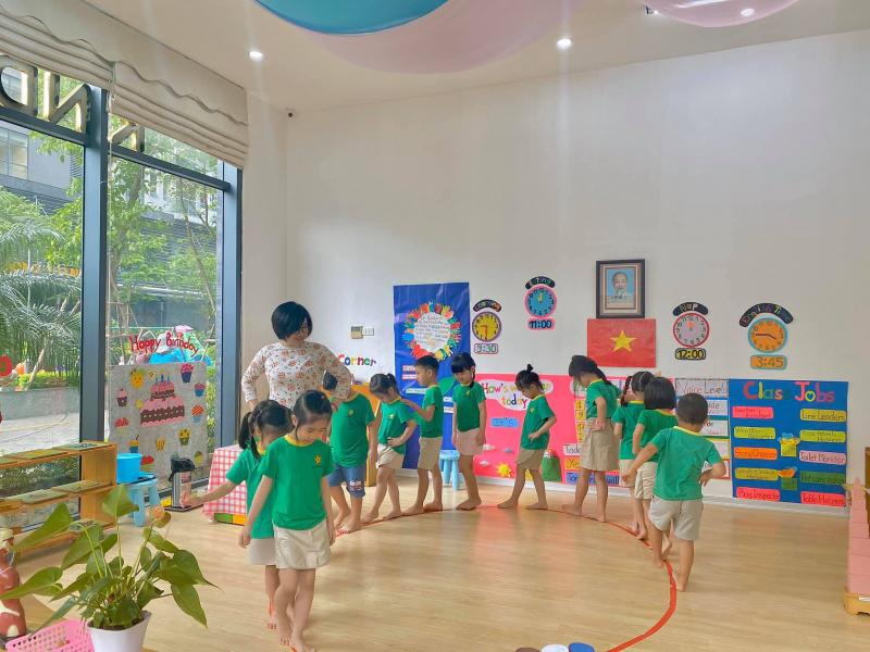 Trường mầm non Montessori Sunrise Kidz (IMSK)