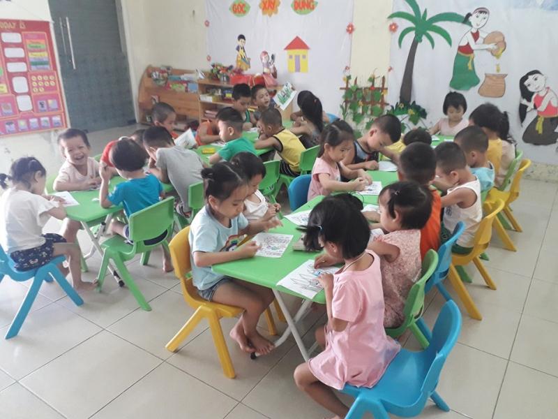Dụng cụ học tập, đồ chơi cho cá nhân và tập thể hiện đại, phong phú, chất lượng cao đảm bảo an toàn cho trẻ
