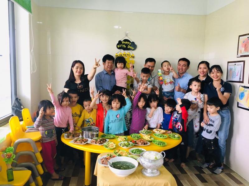 Bữa ăn tại trường mầm non Quốc tế Trung Kiên