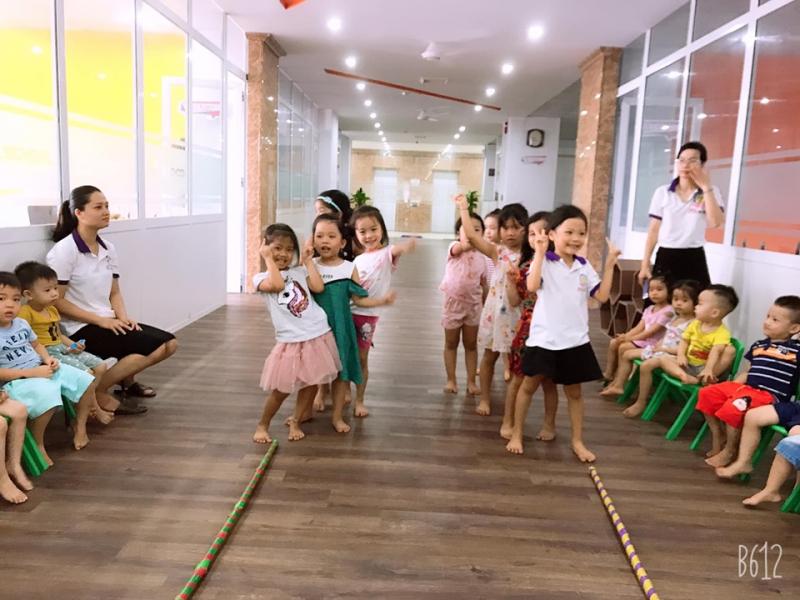 Đội ngũ giáo viên mầm non A Plus là đội ngũ giáo viên chuyên nghiệp, năng động, trách nhiệm, hết mình đối với công việc giáo dục trẻ của mình