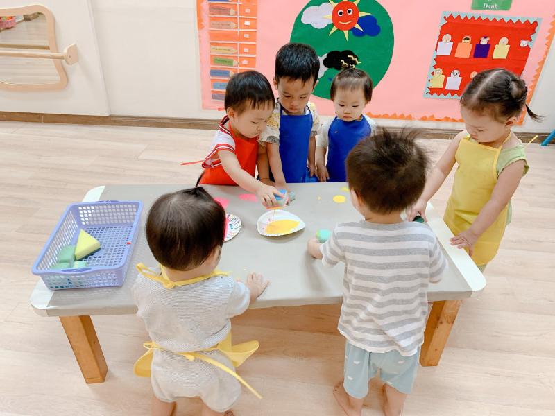 Trường mầm non Song Ngữ Hooray