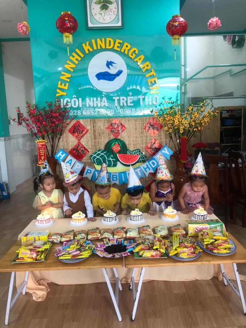 Trường mầm non Yến Nhi tổ chức sinh nhật cho trẻ