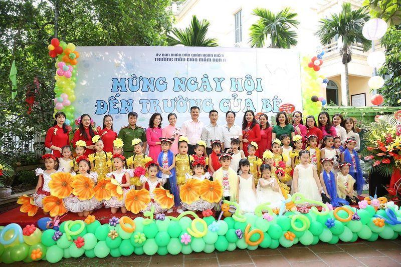 Ngày hội bé đến trường của các bạn nhỏ trường Mầm non Mẫu giáo A